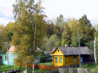 Holzhäuser in Wjatskoe